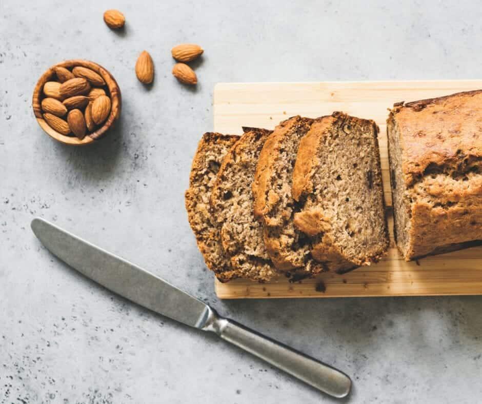 Paleo, refined-sugar free banana bread