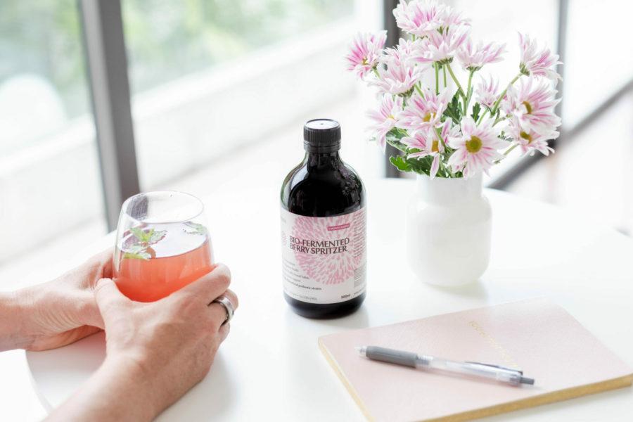Akesi Bio-Fermented Berry Spritzer with antioxidants and probiotics